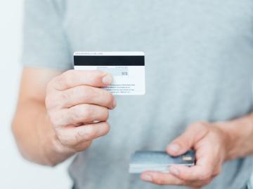 Что такое СVV-код банковской карты и зачем он нужен?