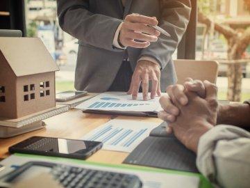 Стоит ли выплачивать ипотеку досрочно?